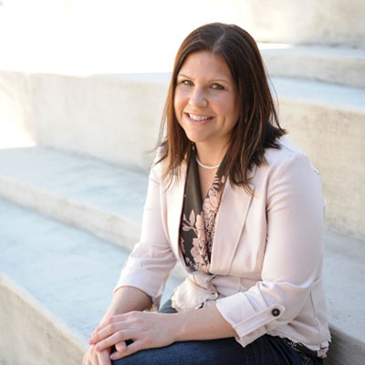 photo of Dr. Lisa Amick